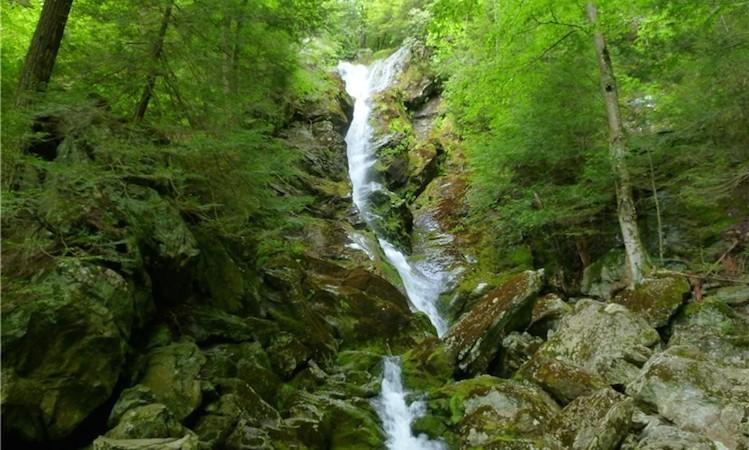 race brook upper falls
